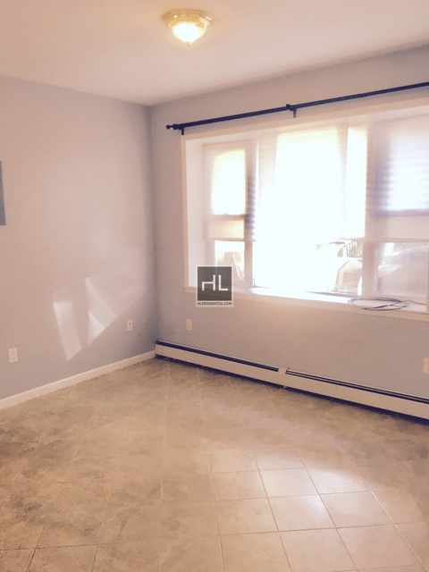 4 Bedrooms, Kensington Rental in NYC for $3,200 - Photo 1