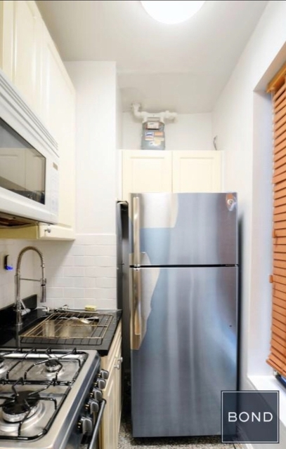 1 Bedroom, Little Italy Rental in NYC for $2,590 - Photo 2