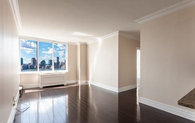 2 Bedrooms, Battery Park City Rental in NYC for $8,195 - Photo 2