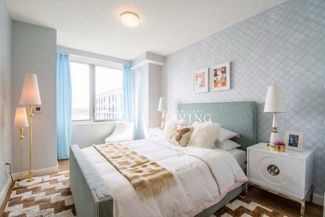 3 Bedrooms, Hell's Kitchen Rental in NYC for $5,825 - Photo 2