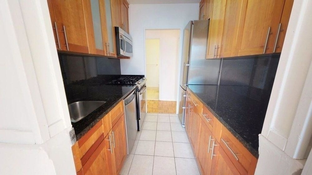 3 Bedrooms, Turtle Bay Rental in NYC for $4,067 - Photo 1