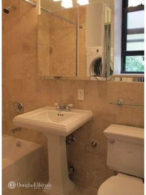 3 Bedrooms, East Village Rental in NYC for $5,395 - Photo 1