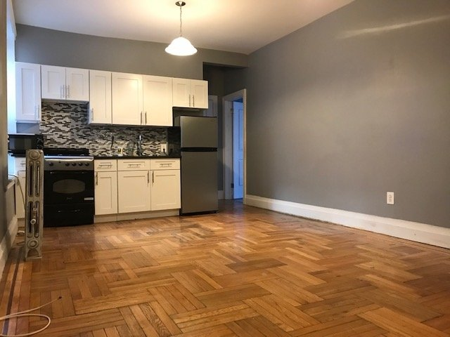 2 Bedrooms, Caton Park Rental in NYC for $2,250 - Photo 2
