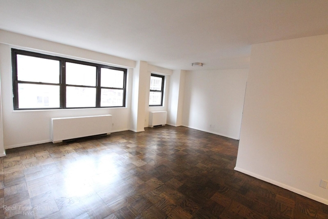 2 Bedrooms, Chelsea Rental in NYC for $3,395 - Photo 2