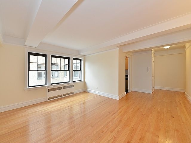 1 Bedroom, West Village Rental in NYC for $5,550 - Photo 2