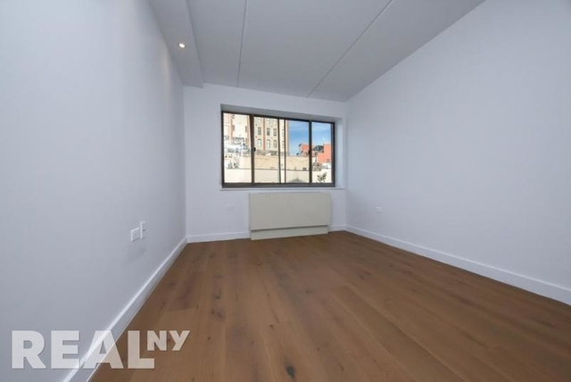 1 Bedroom, Two Bridges Rental in NYC for $3,850 - Photo 2