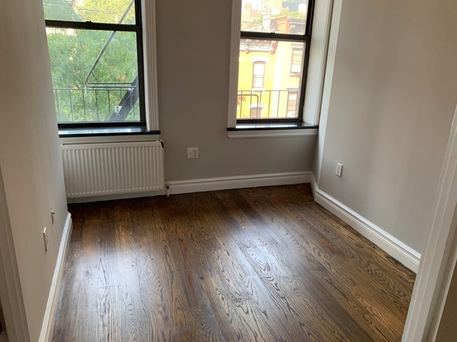 4 Bedrooms, Hell's Kitchen Rental in NYC for $7,095 - Photo 2