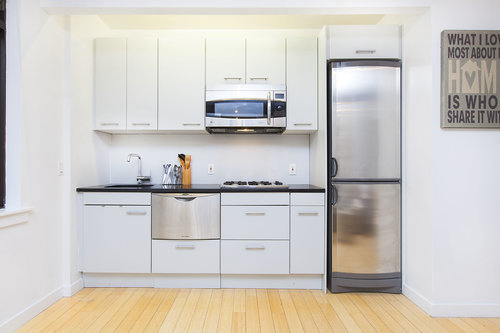 2 Bedrooms, Alphabet City Rental in NYC for $3,225 - Photo 2