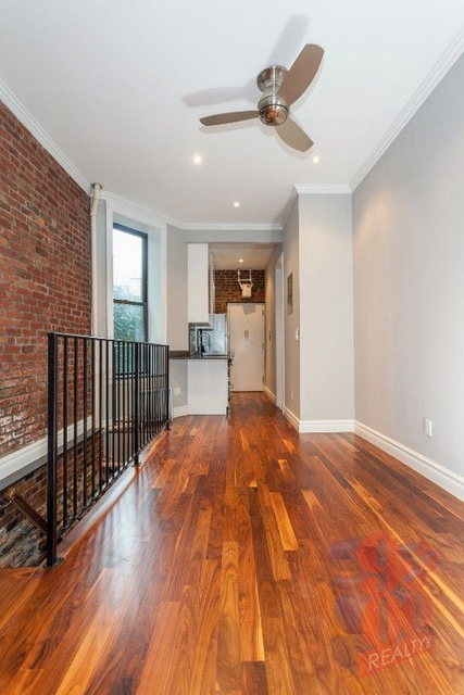 3 Bedrooms, Alphabet City Rental in NYC for $4,639 - Photo 2