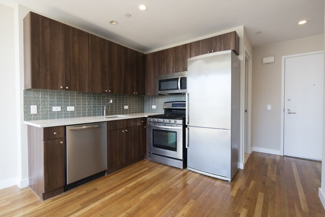3 Bedrooms, Chelsea Rental in NYC for $5,734 - Photo 1