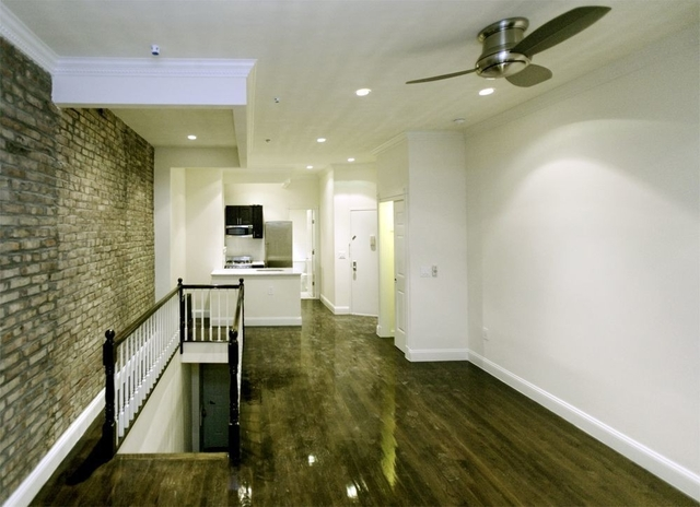 1 Bedroom, Yorkville Rental in NYC for $4,125 - Photo 2