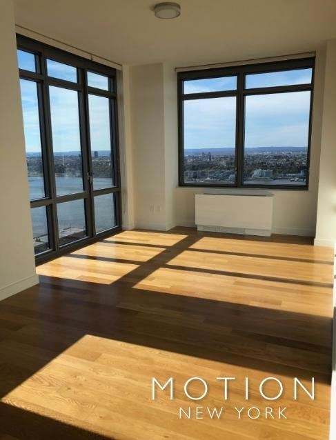 2 Bedrooms, Hell's Kitchen Rental in NYC for $3,545 - Photo 1