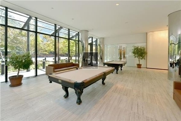 3 Bedrooms, Upper East Side Rental in NYC for $7,900 - Photo 2
