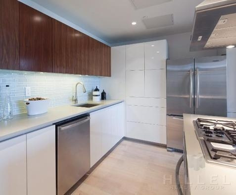 2 Bedrooms, Williamsburg Rental in NYC for $5,300 - Photo 1