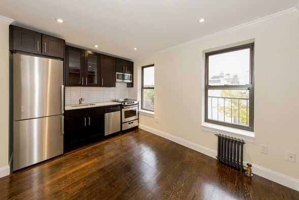 1 Bedroom, East Village Rental in NYC for $3,025 - Photo 2