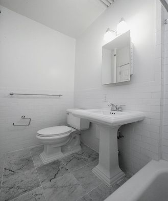 2 Bedrooms, Upper East Side Rental in NYC for $2,925 - Photo 2