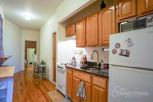 2 Bedrooms, East Village Rental in NYC for $2,595 - Photo 1