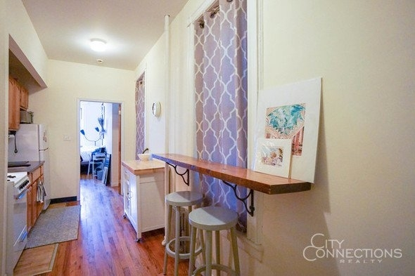 2 Bedrooms, East Village Rental in NYC for $2,595 - Photo 2