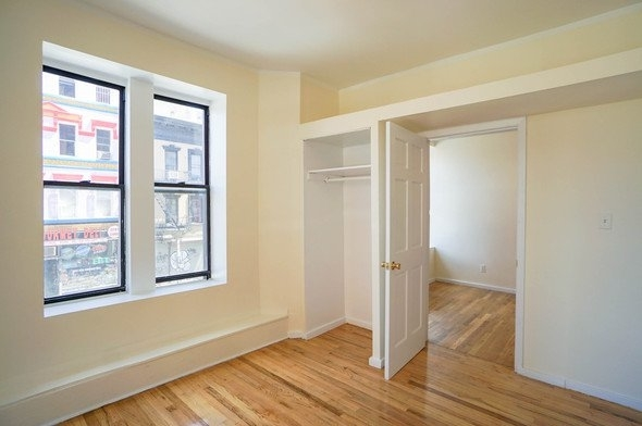 3 Bedrooms, Alphabet City Rental in NYC for $2,990 - Photo 2