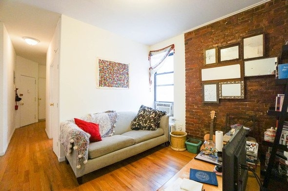 2 Bedrooms, East Village Rental in NYC for $2,590 - Photo 1