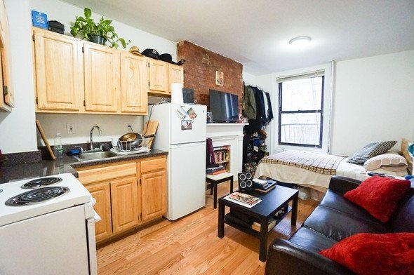 Studio, East Village Rental in NYC for $1,745 - Photo 1