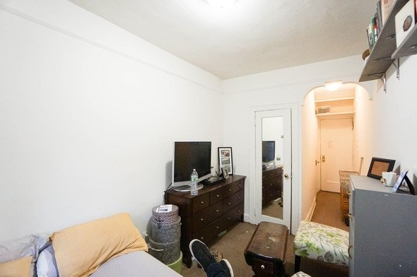 Studio, East Village Rental in NYC for $1,200 - Photo 2
