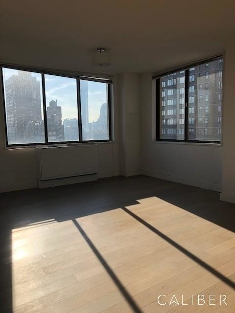 3 Bedrooms, Rose Hill Rental in NYC for $5,000 - Photo 2