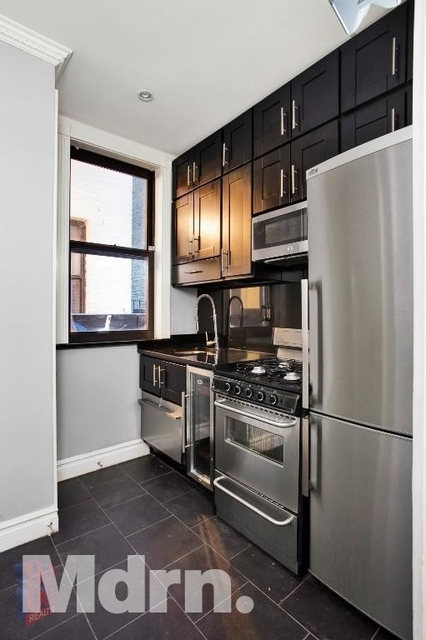 2 Bedrooms, Flatiron District Rental in NYC for $3,595 - Photo 2