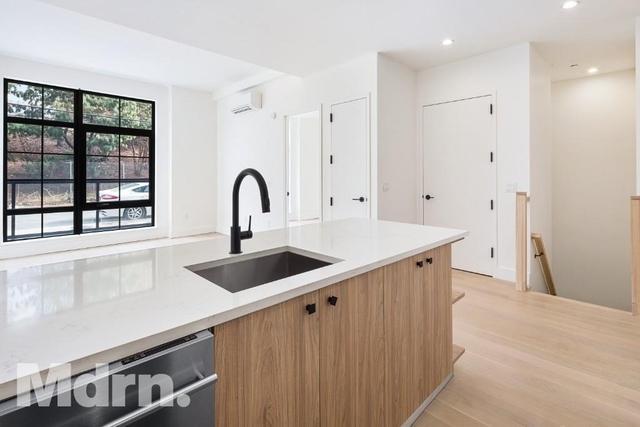 2 Bedrooms, Mott Haven Rental in NYC for $3,400 - Photo 1