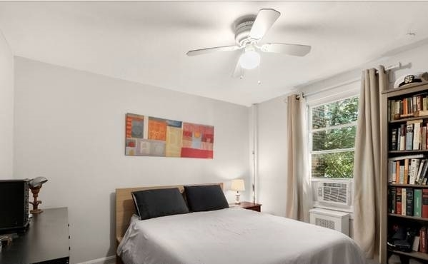 3 Bedrooms, Sunnyside Rental in NYC for $3,095 - Photo 2