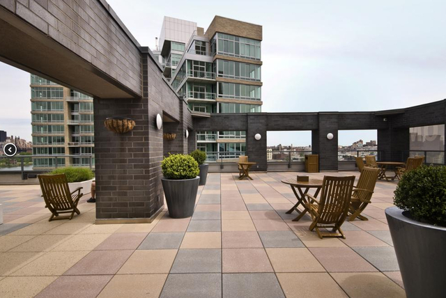 2 Bedrooms, Hunters Point Rental in NYC for $3,990 - Photo 2