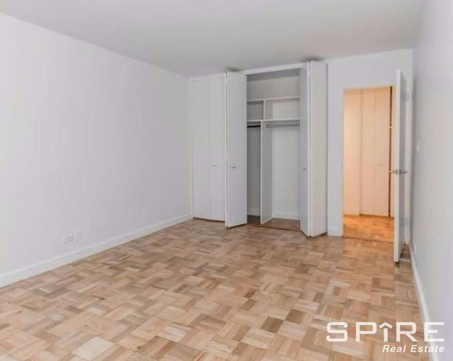 2 Bedrooms, Turtle Bay Rental in NYC for $6,600 - Photo 2