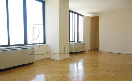 1 Bedroom, Lower East Side Rental in NYC for $2,700 - Photo 2