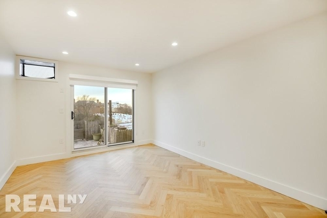 1 Bedroom, South Slope Rental in NYC for $3,411 - Photo 2