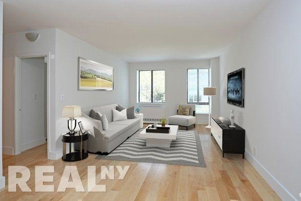 2 Bedrooms, Hell's Kitchen Rental in NYC for $4,543 - Photo 1