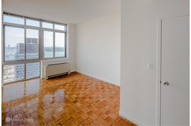 1 Bedroom, Sunnyside Rental in NYC for $2,880 - Photo 2