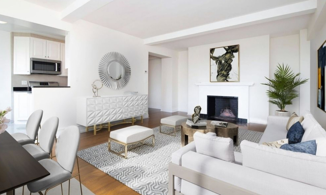 2 Bedrooms, Theater District Rental in NYC for $5,357 - Photo 2