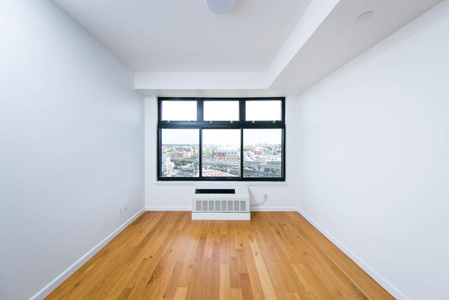 2 Bedrooms, Bushwick Rental in NYC for $2,990 - Photo 2