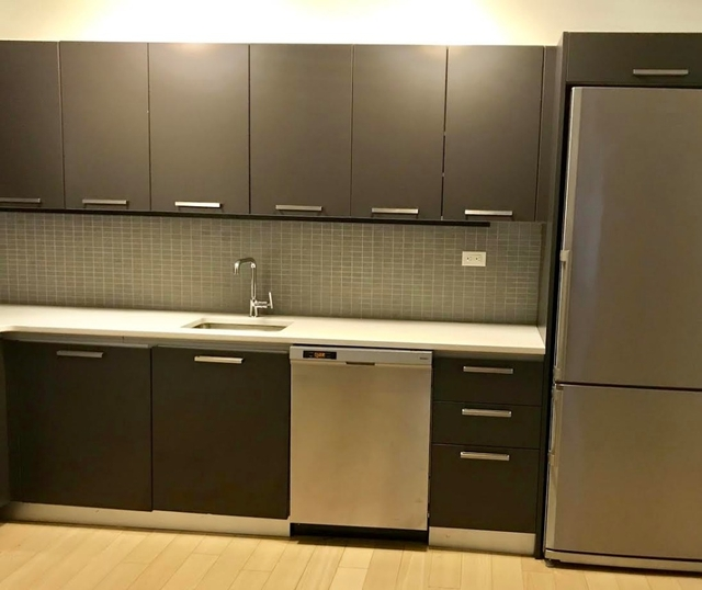 2 Bedrooms, Murray Hill Rental in NYC for $5,575 - Photo 2