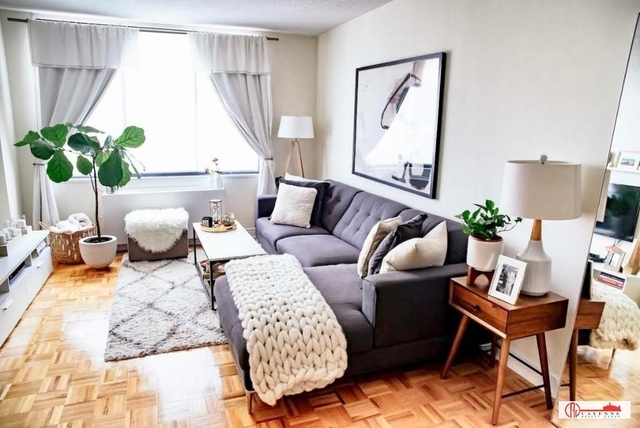 2 Bedrooms, Yorkville Rental in NYC for $2,855 - Photo 1