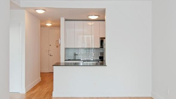 3 Bedrooms, Financial District Rental in NYC for $5,500 - Photo 1