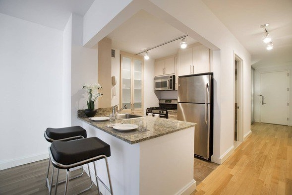 1 Bedroom, Financial District Rental in NYC for $4,193 - Photo 2