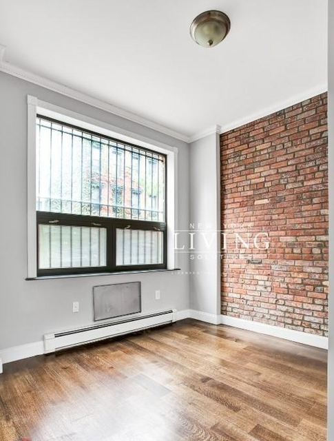 3 Bedrooms, Lower East Side Rental in NYC for $5,395 - Photo 2