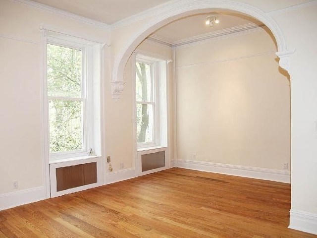 Studio, Lenox Hill Rental in NYC for $2,400 - Photo 1