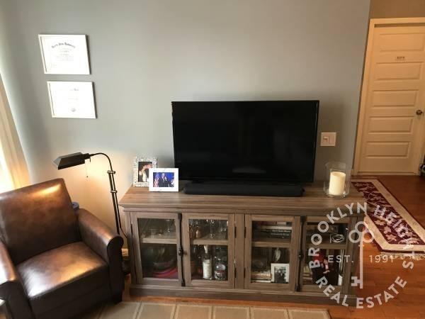 1 Bedroom, Brooklyn Heights Rental in NYC for $2,475 - Photo 2