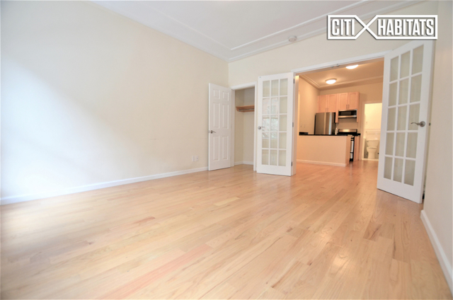 1 Bedroom, Carnegie Hill Rental in NYC for $2,500 - Photo 2