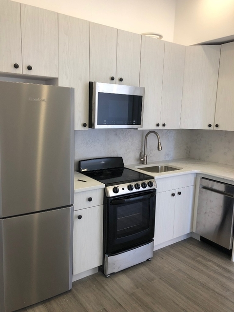 2 Bedrooms, Alphabet City Rental in NYC for $3,825 - Photo 1