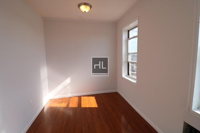 2 Bedrooms, Kensington Rental in NYC for $1,995 - Photo 2