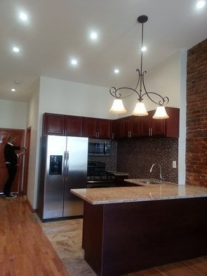 2 Bedrooms, North Slope Rental in NYC for $3,399 - Photo 1
