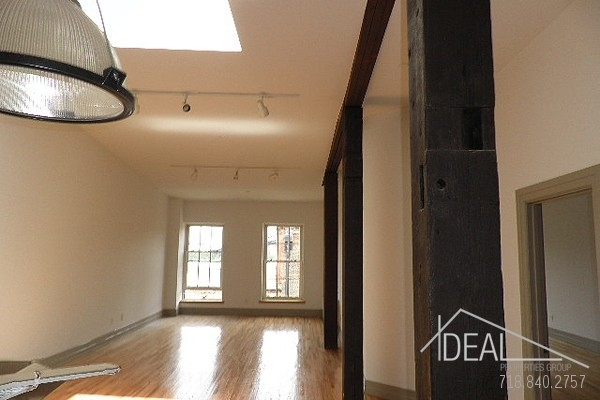 1 Bedroom, DUMBO Rental in NYC for $4,154 - Photo 2